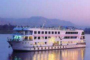 Pyramisa Vittoria Nile Cruise