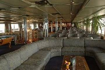 Queen Nefer Nile Cruise facilities