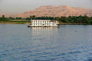 Savoy Nile Cruise From Outside